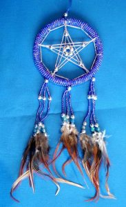 Dreamcatcher Pentagramm und Glasperlen, blau