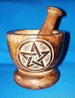 Holz-Mörser mit Pentagramm